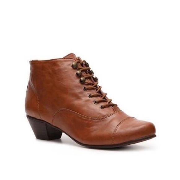 50% price 2019 factory price lowest discount Chelsea Crew Pyramid Low Heel Oxford Bootie Heels